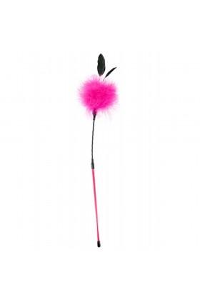 Cravache pompon rose avec petites plumes